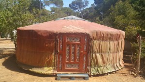 yurt vooraanzicht foto yuri